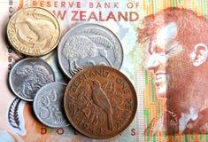 Billetes de banco y monedas Foto de archivo