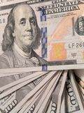 Billetes de dólar del nuevo ciento Fotos de archivo