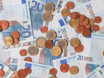 Billetes y monedas euro Fotografía de archivo libre de regalías