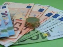 Billetes y monedas euro, unión europea Fotos de archivo