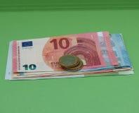 Billetes y monedas euro, unión europea Fotografía de archivo libre de regalías