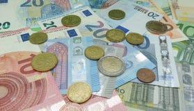 Billetes y monedas euro, unión europea Foto de archivo libre de regalías
