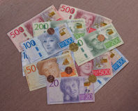 Billetes y monedas, Suecia de corona sueca Imagen de archivo