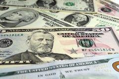 Billets d'un dollar de valeur différente sur la surface photo stock