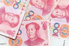 Billets de banque chinois modernes de renminbi de yuans Images libres de droits