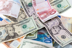 Billets de banque d'euro et de dollar Image libre de droits