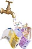 Billets de banque d'un robinet d'égoutture Photos libres de droits