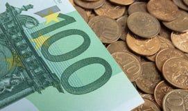 Billets de banque de cent euros Photographie stock libre de droits