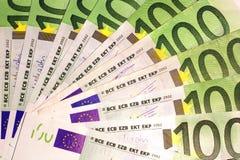 Billets de banque de 100 euros Images libres de droits