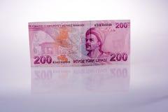 Billets de banque de Lire de Turksh de 200 sur le fond blanc Photographie stock