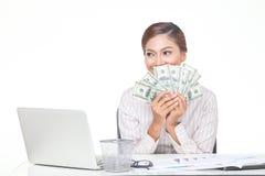 billets de banque des USA de prise de femme d'affaires à disposition Photographie stock libre de droits