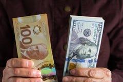Billets de banque de devise canadienne : Dollar et Nord-américain Curren photo stock