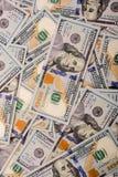 Billets de banque de dollar US écartés autour Photos libres de droits