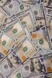 Billets de banque de dollar US écartés autour Photographie stock libre de droits