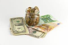 Billets de banque et pièces de monnaie Image libre de droits