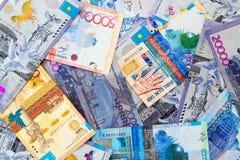 Billets de banque de tenge de Kazakhstani images libres de droits