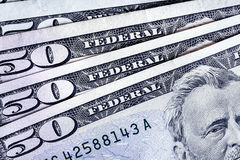 Billets de banque 50 USD comptant le fond de pile respectivement, Amérique Image libre de droits
