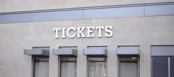 Billets pour des manifestations sportives, des concerts et des lieu de rendez-vous de maison de théâtre image libre de droits