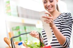Billiga livsmedelsbutikpriser Royaltyfria Bilder