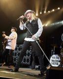Billiger Trick führt im Konzert durch lizenzfreie stockfotos