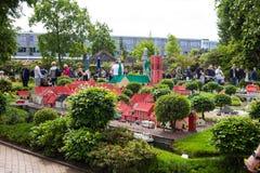 Billund Danmark - Juli 27, 2017: Ribe stad som byggs av legotegelsten arkivbilder