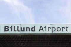 Billund flygplats i Danmark Arkivbild