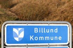Billund kommunvägmärke i Danmark Royaltyfri Fotografi