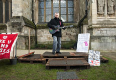 Billy Bragg in front of Exeter Cathedral Stock Images