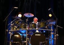 Billy Cobham zespół żywy na scenie w LODOWY Krakowskim obraz royalty free