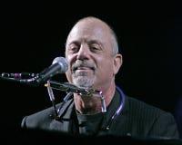 Billy Joel Performs en concierto imagenes de archivo