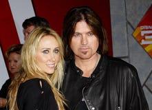Billy Ray Cyrus e Tish Cyrus imagem de stock