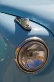Billykta och blinkande signal av den klassiska bilen Arkivfoto