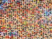 Bilmodellshow på väggen Arkivfoton