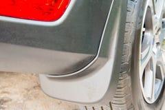 Bilmudgaurd, stänkskärm på bakre hjul fotografering för bildbyråer