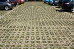 Bilparkeringsområde Arkivbilder