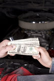 bilpengarutgifter Arkivbilder