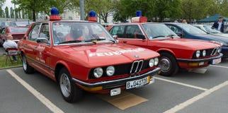 Bilräddningsaktion BMW 5 serie (E12), och (E28) Fotografering för Bildbyråer