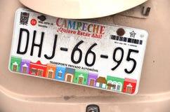 Bilregistreringsskyltar på bilen i den Campeche staden Yukatan Februari 14, 2014 Mexico Fotografering för Bildbyråer