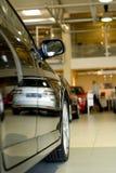 bilåterförsäljarevisningslokal Royaltyfri Fotografi
