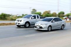 Biltrafik på hög rörelsesuddighet för väg 304 Arkivbild