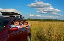 Biltur på familjsemester Arkivbilder