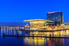 Bimhuis en Mövenpick-Hotel Amsterdam Nederland Stock Foto