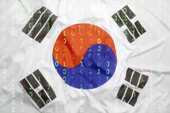 Binär Code mit Südkorea-Flagge, Datenschutzkonzept Stockbild