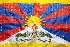 Binär Code mit Tibet-Flagge, Datenschutzkonzept Lizenzfreie Stockbilder