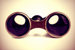 Binóculos do vintage isolados Foto de Stock