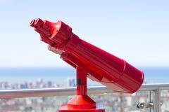 Binóculos vermelhos fotos de stock royalty free