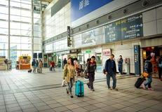 Binario della stazione della ferrovia ad alta velocità di Taiwan (THSR) Fotografie Stock Libere da Diritti