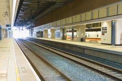 Binario della stazione della ferrovia ad alta velocità THSR di Taiwan Fotografia Stock