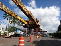 Binario di guida concreto di HART Light Rail in costruzione in cen della strada immagini stock libere da diritti