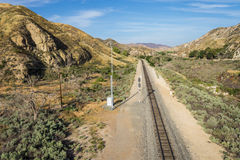 Binario ferroviario del deserto del Mojave Fotografie Stock Libere da Diritti